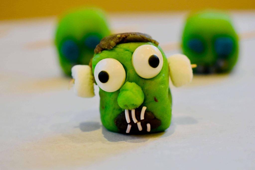 Halloween MArzipan model zombie