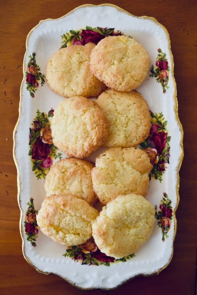 coconut biscuits