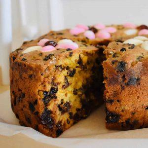 floral fruit cake