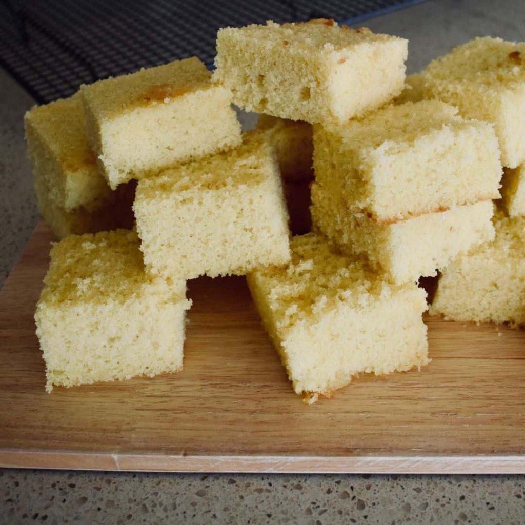 sponge squares for lamingtons