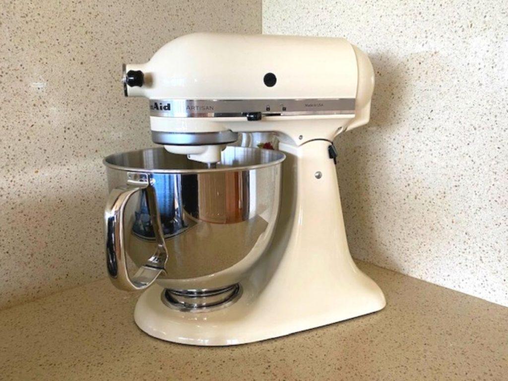 kitchenaid artisan stand mixer in cream colour