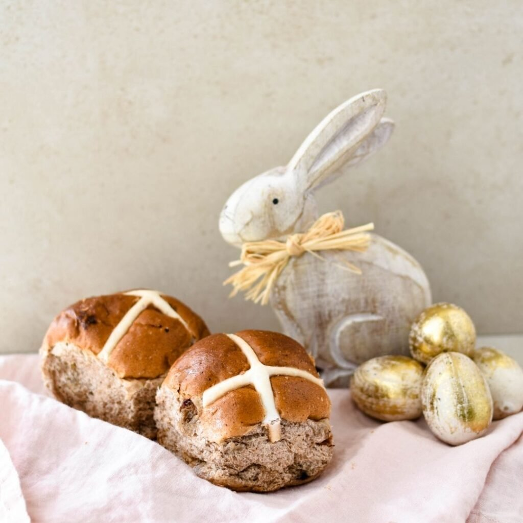 hot cross buns for pudding