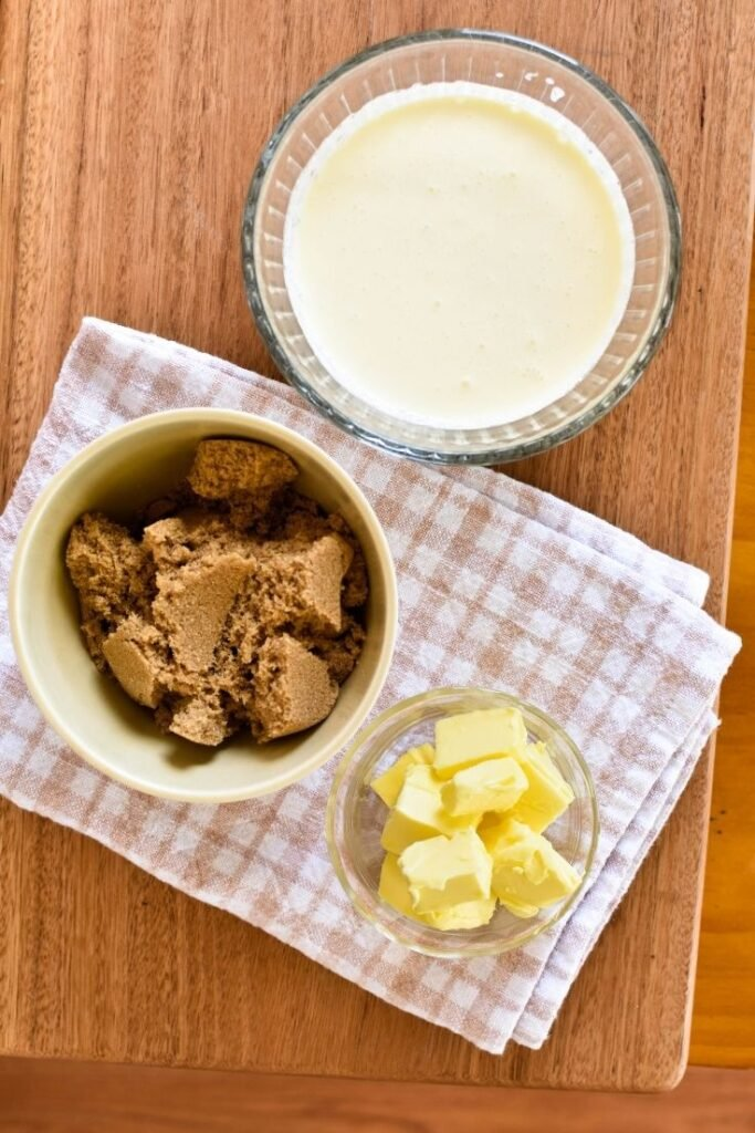 sticky date pudding sauce ingredients