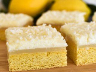 lemon slice on timber board